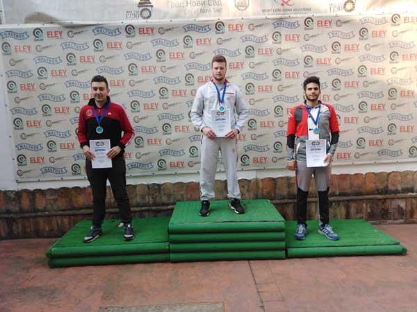 Dva zlata i dve bronze za strelce Mladosti iz Inđije na prvenstvu Srbije
